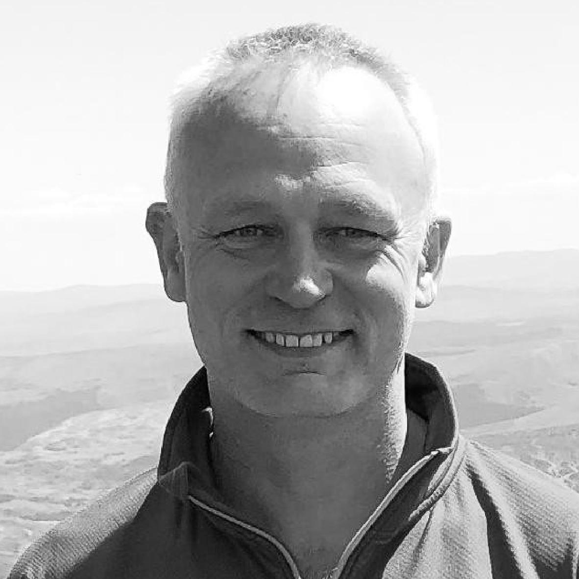 Dr Simon Forrington